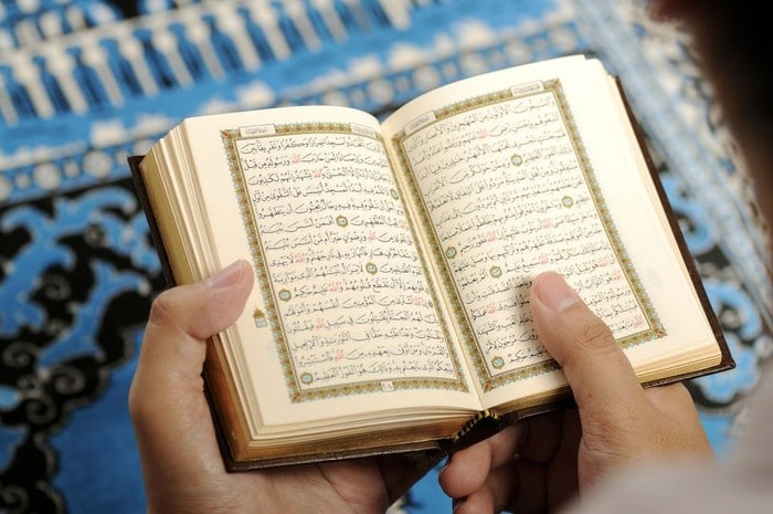 Al-Qur'an Sebagai Obat Penyakit Hati dan Penyakit Fisik