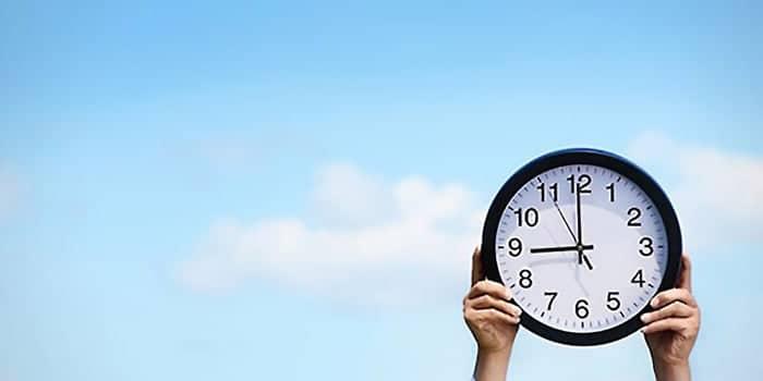 Khutbah Jumat Tentang Memanfaatkan Waktu