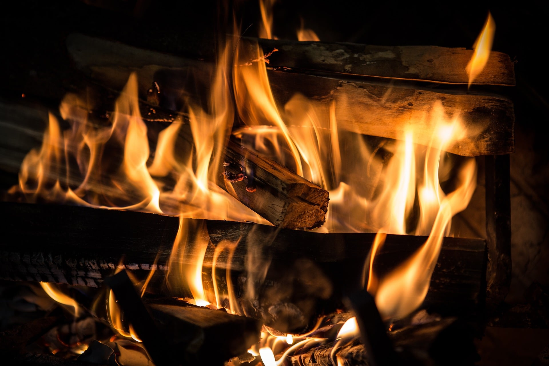 Saudaraku, Jagalah Keluarga Kita dari Api Neraka
